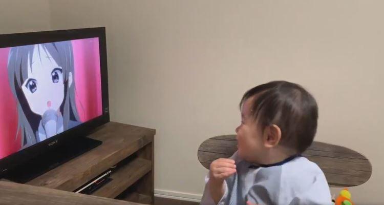 Bebê assistindo K-on! image